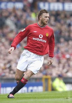 David Beckham Football, Football Soccer, Football Kits, Cristiano Ronaldo Celebration, Man Utd Squad, Manchester United Legends, Best Player, Premier League, The Unit