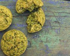 Bowl cake épinards, fromage de chèvre et curry : http://www.fourchette-et-bikini.fr/recettes/recettes-minceur/bowl-cake-epinards-fromage-de-chevre-et-curry.html