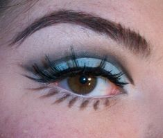 mod inspired: blue cut crease