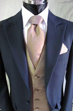 Suit Gold /Navy
