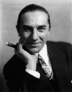 Béla Ferenc Dezső Blaskó October 1882 – 16 August better known as Bela Lugosi, was a Hungarian-American actor, famous for portraying Count Dracula in the 1931 film and for his roles in various other horror films. Classic Horror Movies, Classic Movies, Vintage Hollywood, Classic Hollywood, Hollywood Stars, Fritz Lang, Classic Monsters, Vintage Horror, Old Movies