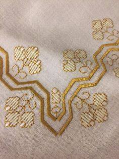 Bargello, Couture Embroidery, Hardanger Embroidery, Sewing, Crochet, Farmhouse Rugs, Straight Stitch, Cross Stitch Embroidery, Made By Hands