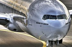 Beautiful picture. Boeing 777-300er.