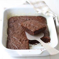 Bizcocho de chocolate y calabacín (sin huevo y sin lácteos)