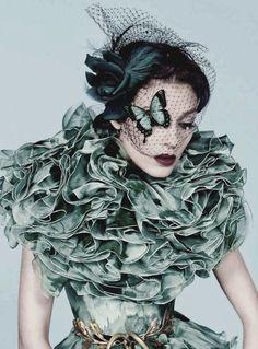 Kati Nescher. Vogue Paris, November 2012. Giambattista Valli haute couture. Photo: Inez & Vinoodh.
