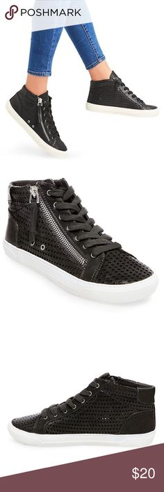 NWT Dolce Vita High Top Sneakers Sz 7.5 NWT Dolce Vita for target black patent leather sneakers with zipper detailing. Size 7.5 DV by Dolce Vita Shoes Sneakers