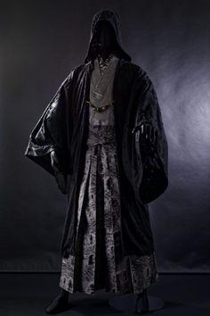 和次元・滴や – 2017 AUTUMN COLLECTION | - Japaaan Steampunk Fashion, Gothic Fashion, Emo Fashion, No Face Costume, Gothic Lolita, Victorian Gothic, Gothic Girls, Samurai Fashion, Sith Costume