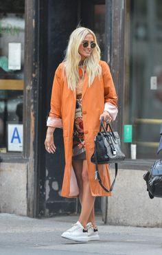 Ashlee Simpson Lates - February 28 2019 at Ashlee Simpson, Celebrity Style Inspiration, Celeb Style, Fashion Inspiration, All About Fashion, Alternative Fashion, My Wardrobe, Celebs, Celebrities Fashion