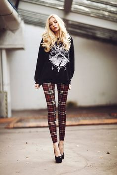 Sinstar Leggings, Sirenlondon Heels, Breaking Rocks Backpack, Wasted Jumper - The less you care, the happier you will be loveeeee this look Grunge Outfits, Outfits Otoño, 90s Fashion Grunge, Fashion Outfits, Winter Outfits, Winter Fashion, Patterned Leggings Outfits, Tartan Leggings, Tartan Pants