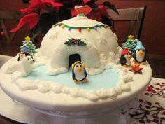 Penguin Christmas  Cake by Ellie1985