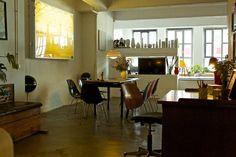 Schau Dir dieses großartige Inserat bei Airbnb an: Loftstudio direkt am Kanal, 130 qm in Hamburg