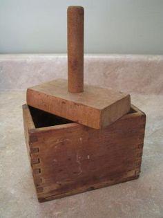 Antique Butter Mold Press Dove Tailed Wooden Box Vtg   eBay Wooden Kitchen, Vintage Kitchen, Dove Tail, Butter Molds, Churning Butter, Kitchen Utensils, Wooden Boxes, Crates, Antiques