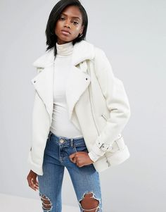 Buy River Island Embroidered Back Faux Fur Aviator Jacket at ASOS. With free delivery and return options (Ts&Cs apply), online shopping has never been so easy. Get the latest trends with ASOS now. White Faux Fur Jacket, River Island Jackets, Peau Lainee, Aviator Jackets, Asos, Embroidered Jacket, Blazer Outfits, Fur Fashion, Winter Outfits