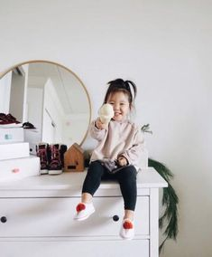 Our Favorite Toddler Shoes: Dressing a Toddler Made Easy