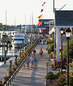 Beaufort, NC - one of my favorite places! Southern charm reigns in this coastal Inner Banks town. Its antebellum architecture and a pirate past helped earn it the survey. Oh The Places You'll Go, Great Places, Places To Travel, Beautiful Places, Places To Visit, South Carolina, North Carolina Homes, Beaufort North Carolina, Southport North Carolina