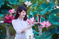 Lotus and Girl  #VietNam #Travel #Girl #Women #DongThap #Lotus