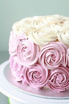 rose cake rose et blanc