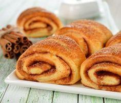 Almond flour, paleo, cinnamon rolls!