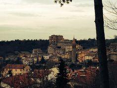 Sant'Agata Feltria (Rimini)  http://ildiariodellafenice.tumblr.com/post/106916743837/il-fatto-e-che-se-il-volante-non-e-tra-le-mie