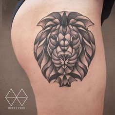 Geometrical lion done at @the_darling_parlour #geometry #geometriclion #liontattoo #사자 #사자타투