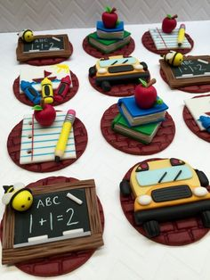 Fondant School Theme Cupcake Toppers Fondant by CherryBayCakes Teacher Cupcakes, School Cupcakes, School Cake, Fondant Cupcake Toppers, Cupcake Cookies, Themed Cupcakes, Cake Designs, Cookie Decorating, Biscuits
