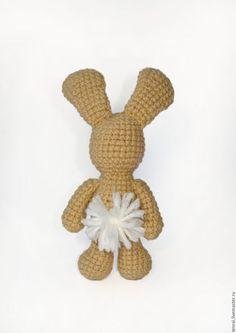 Вязаная крючком игрушка Бежевый заяц. crochet toys
