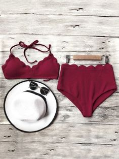GET $50 NOW   Join Zaful: Get YOUR $50 NOW!https://m.zaful.com/halter-scalloped-high-waisted-bikini-set-p_274470.html?seid=7220183zf274470