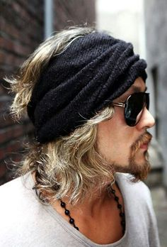 Not a turban. That is the turtleneck from a turtleneck swe. Not a turban. That is the turtleneck from a turtleneck sweater, and you are w - Hippie Style, Hippie Chic, Bohemian Style, Hair And Beard Styles, Long Hair Styles, Bohemian Men, Boho Man, Bohemian Clothing, Headband Men