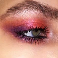 Today our collection are for recommendation of stunning and practical eye makeup ideas , and wish to give you some inspiration to build your unique and stunning eye makeup style. Cool Makeup Looks, Creative Makeup Looks, Cute Makeup, Glam Makeup, Pretty Makeup, Makeup Inspo, Makeup Inspiration, Beauty Makeup, Makeup Style