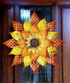 Soda Can Flowers, Tin Flowers, Paper Flowers, Painted Flowers, Flowers Garden, Metal Flower Wall Art, Metal Garden Art, Metal Art, Pop Can Crafts