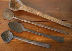 Google Image Result for http://www.primitive-folk-art.com/images/primitive_spoons.jpg