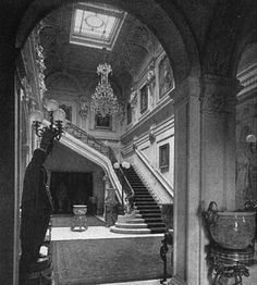 The Gilded Age Era: The Mrs. Astor's House
