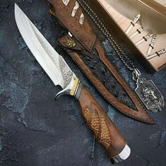 Hand Forged Knife Handcrafted Knife Fixed Blade Knife Damascus Steel, Damascus Blade, Damascus Knife, Collectible Knives, Hand Forged Knife, Knife Handles, Survival Knife, Survival Gear, Survival Stuff