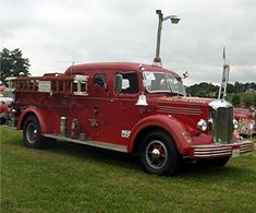"1949 Mack L-85 ""Pride of the Shore"" pumper..."