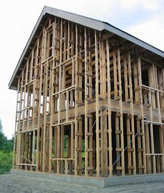 Green Home Building: Article about A Cost Effective Larsen Truss Design