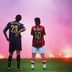 Marco materazzi of inter Milan and Rui Costa of AC looking on from the flares during the 2004/05 season #acmilan #milan #inter #intermilan #internazionale #milanderby #sansiro #seriea #calcio #football #footballitalia #italia #calcioitalia #retro #retrofootball #europeanfootball #italianfootball #milano #italy