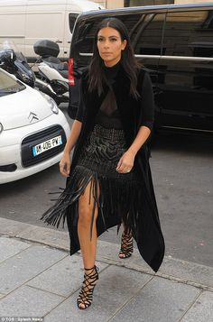 29 September 2014. Kim Kardashian Serving Warrior Princess Realness in Paris. #kardashian #kardashians #jenner #paparazzi #kim #kourtney #khloe #kris #kendall #kylie #bruce #rob #kanye #west #scoot #disick #mason #penelope
