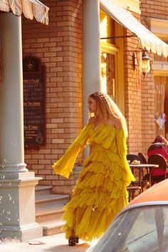 Beyoncé Hold Up Lemonade Music Video