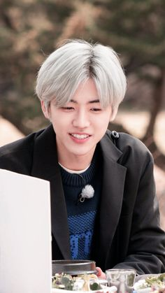 Nct Dream We Young, Nct Dream Jaemin, Rapper, Na Jaemin, Handsome Boys, Taeyong, Jaehyun, Blue Hair, Nct 127