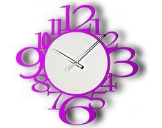 Orologio da parete violetto in metallo. Home Design