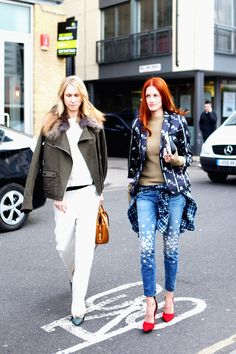 TTH & Indre oozing cool in London. #TaylorTomasiHill #IndreRockefeller #LFW
