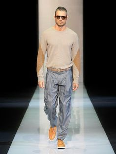 Giorgio Armani Men – Men's Collection Spring/Summer 2013 - GF Luxury Giorgio Armani Clothing, Italian Fashion Designers, Armani Men, Well Dressed Men, Sport Wear, Men's Collection, Sport Outfits, Dapper, Menswear
