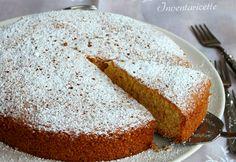 La Torta al Mais e Cointreau è un dolce ideale per la colazione o per la merenda. Sofficissima, delicata, profumata e velocissima da preparare, la torta di