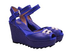 Buy affordable luxury women shoes from Sandals and you have the best shopping experience from our online store Lou Shoes Evening Sandals, Spring Summer 2015, Rihanna, Platform, Wedges, Luxury, Heels, Stuff To Buy, Shopping