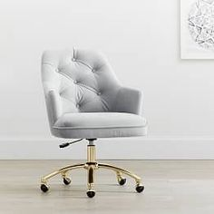 Get inspired with teen bedroom decorating ideas & decor from Pottery Barn Teen. Tufted Desk Chair, White Desk Chair, Chair Cushions, Swivel Chair, Desk Chair Comfy, Grey Chair, Upholstered Chairs, Esstisch Design, Wayfair Living Room Chairs