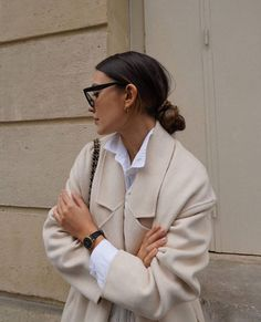 Follow our Pinterest Zaza_muse for more similar pictures :) Instagram: @zaza.muse   Off-white coat. Off White Coat, Cluse, Cream Blazer, Edit Your Photos, Aesthetic Fashion, Summer Aesthetic, Vogue Fashion, Good Skin, Travel Style