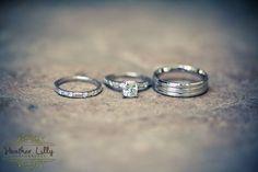 bride & groom wedding rings #wedding #photography www.HeatherLilly.com