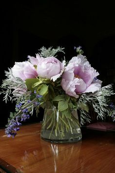 Floral Arrangements by Villa I Tatti,