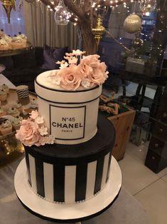Birthday Cake For Women Fondant Ideas 30th Birthday Cake For Women, Chanel Birthday Cake, 14th Birthday Cakes, Sweet 16 Birthday Cake, Elegant Birthday Cakes, Beautiful Birthday Cakes, Birthday Woman, Designer Birthday Cakes, 39th Birthday