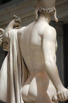 Antonio Canova - Perseus and Medusa back right torso, Metropolitan Museum of Art